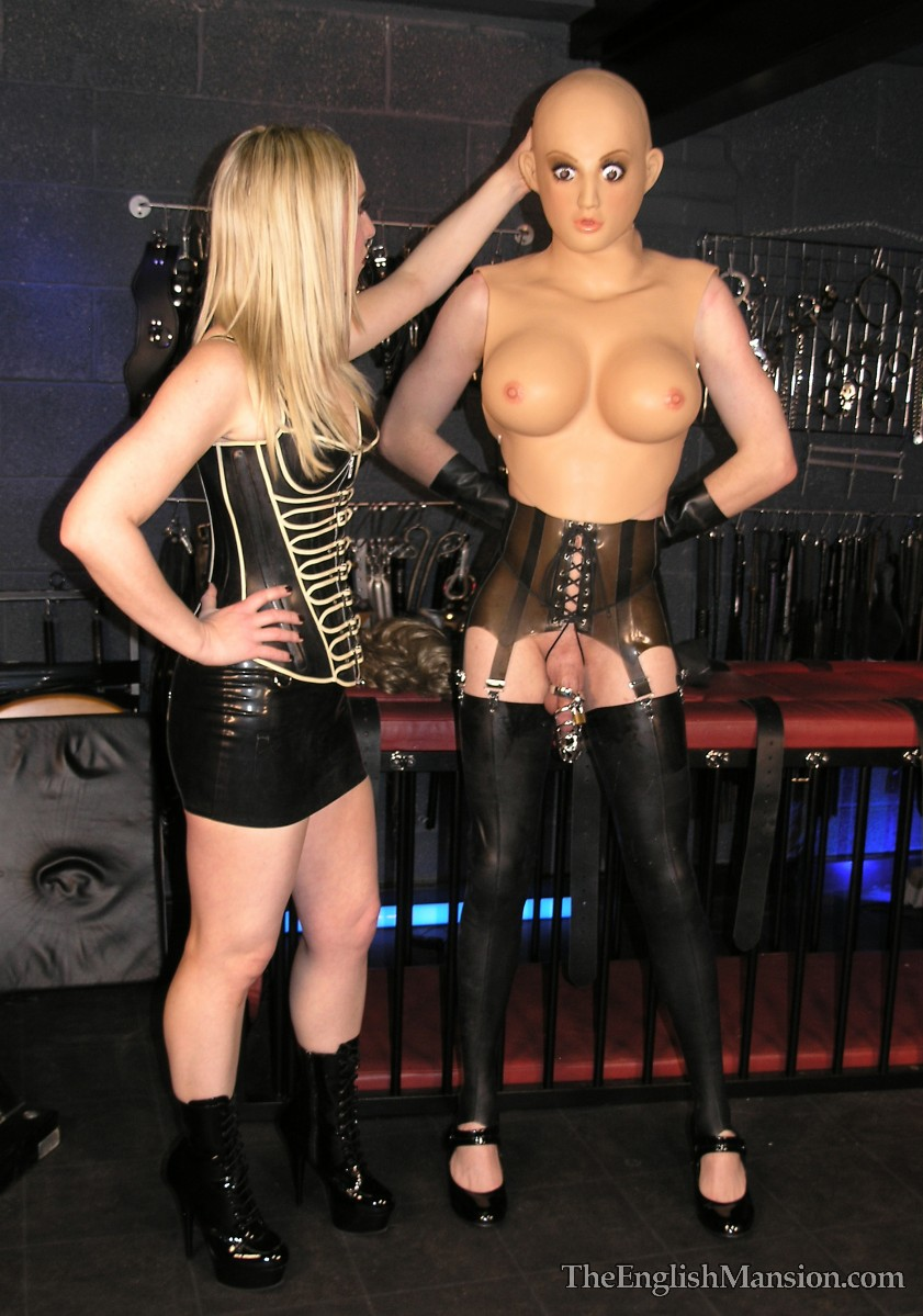 Turning her slave in obedient pet with leather collar 10